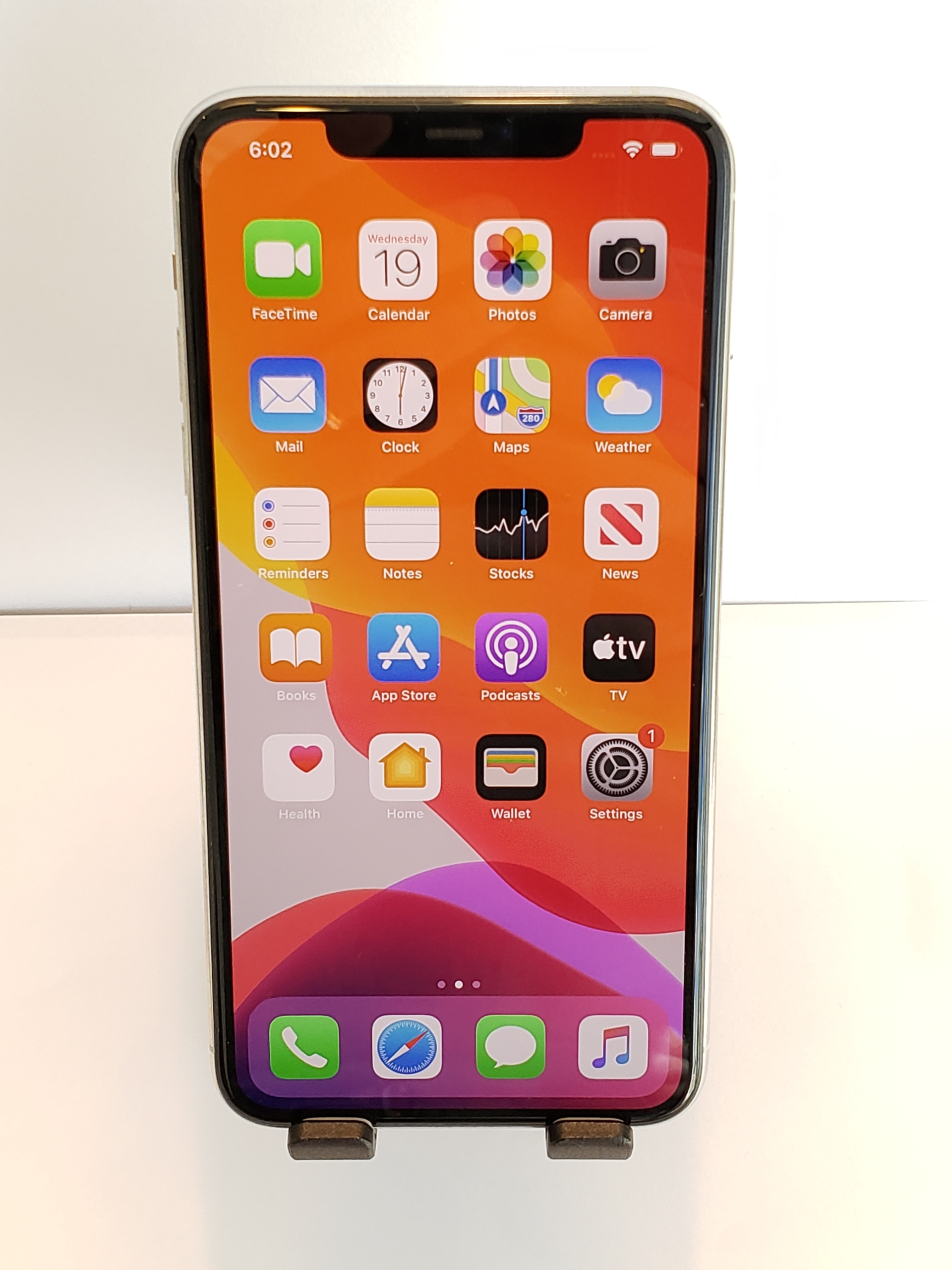 Apple iPhone 11 Pro Max (AT&T) - Cell4Pets